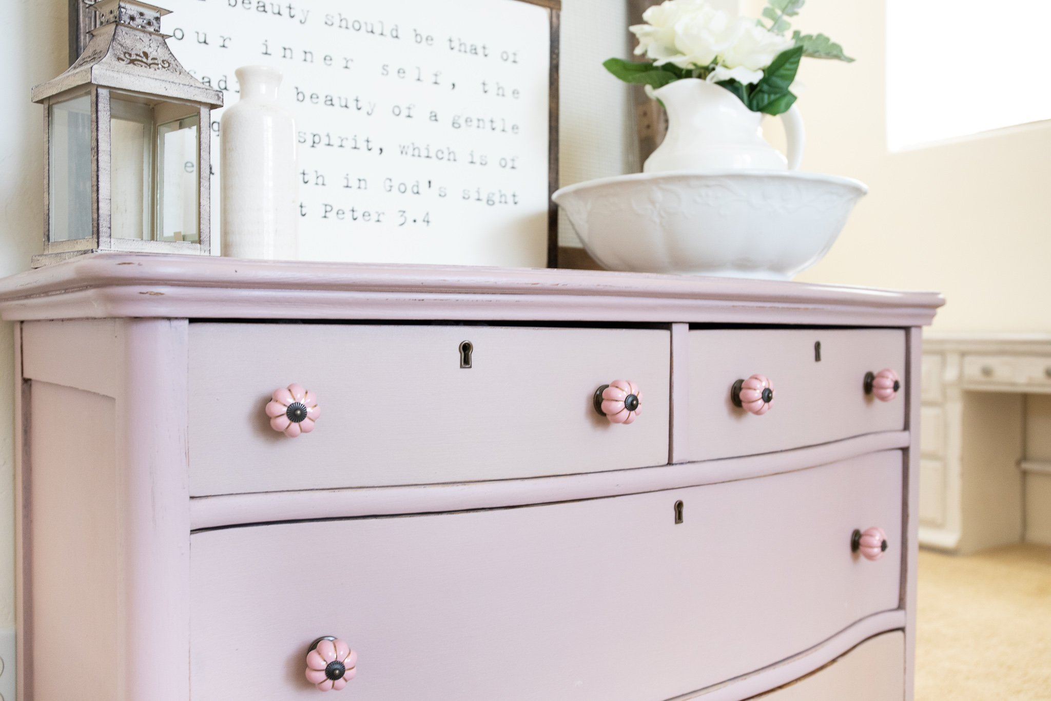 How line furniture drawers with wrapping paper16