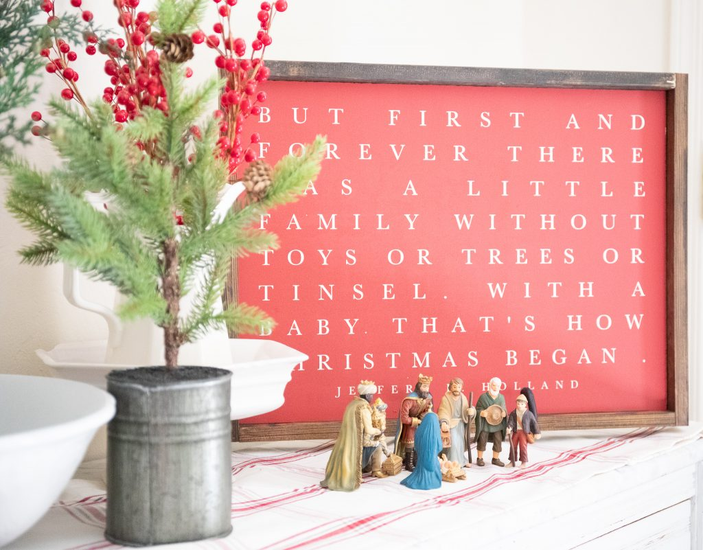 Christmas Nativity Classic Christmas Red and green Decor
