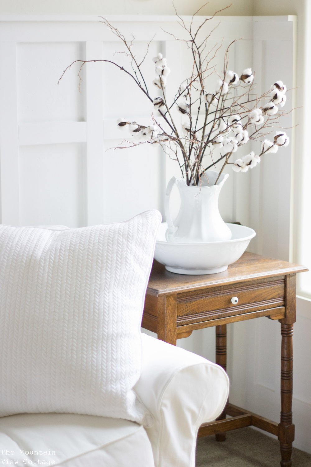 While I Love White EVERYTHING! I Do Also Love To Mix In Some Stained Pieces  Into My Spaces Too! Weather It Be A Stained Picture Frame Or Small End  Table!