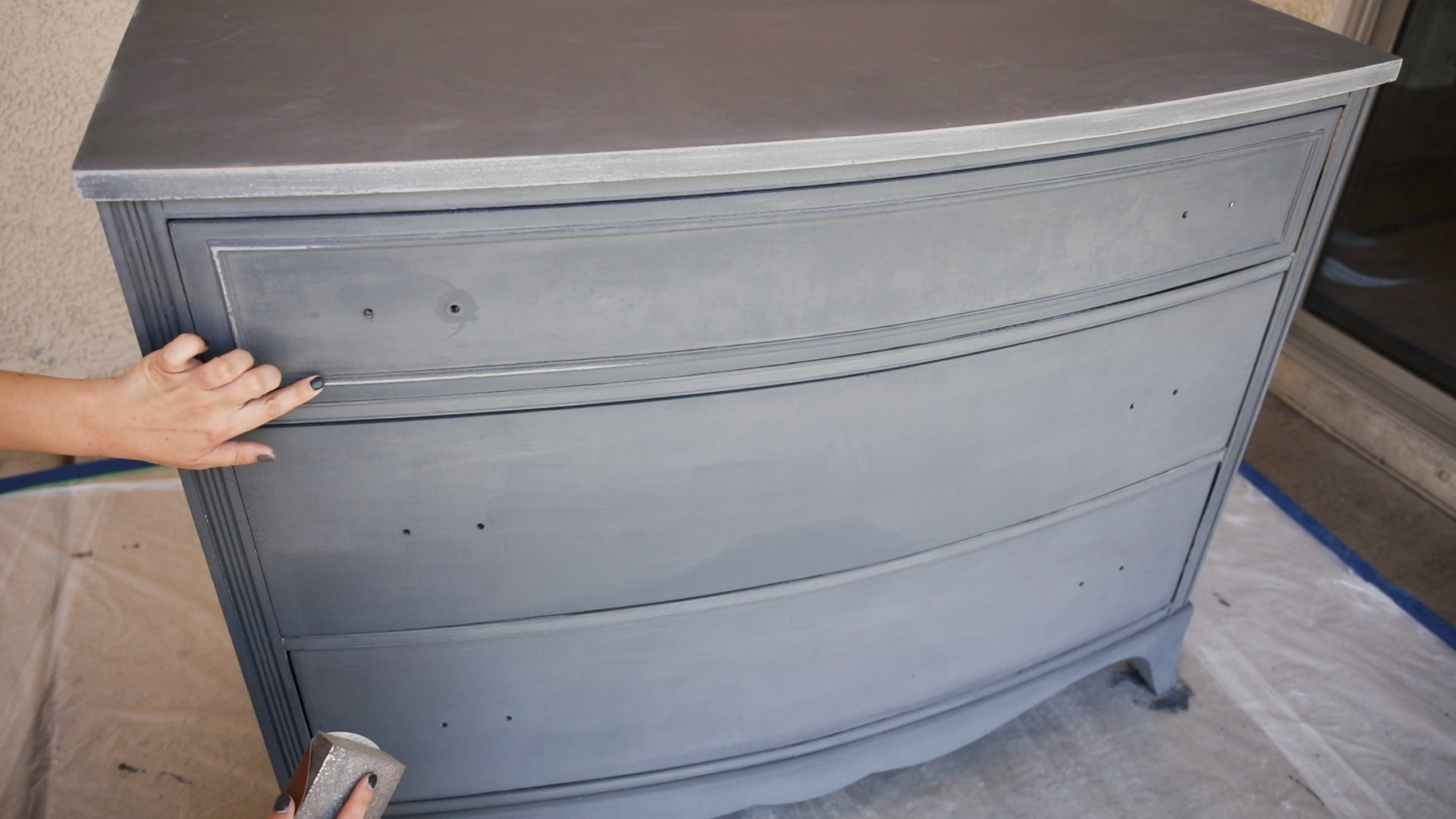 how to distress furniture-distressing chalk painted furniture