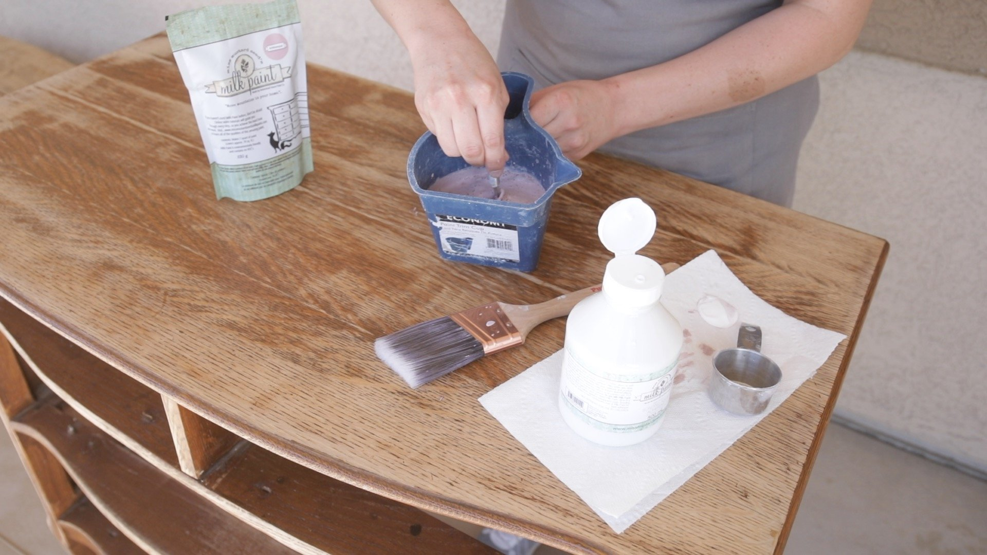 How to Paint Furniture-How to Apply a Solid Paint Finish With Milk Paint3