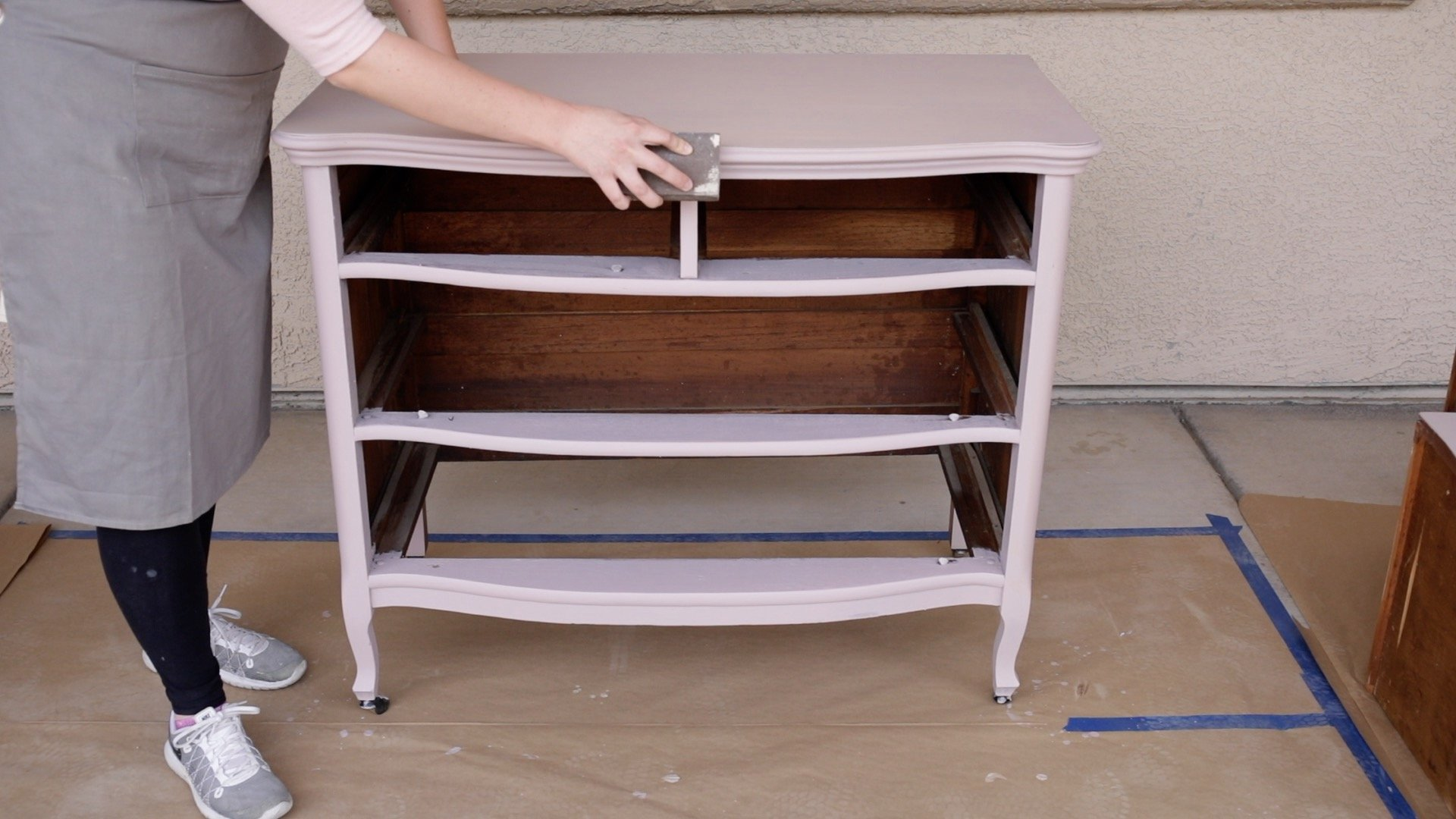 How Lightly Distress Milk Painted Furniture1