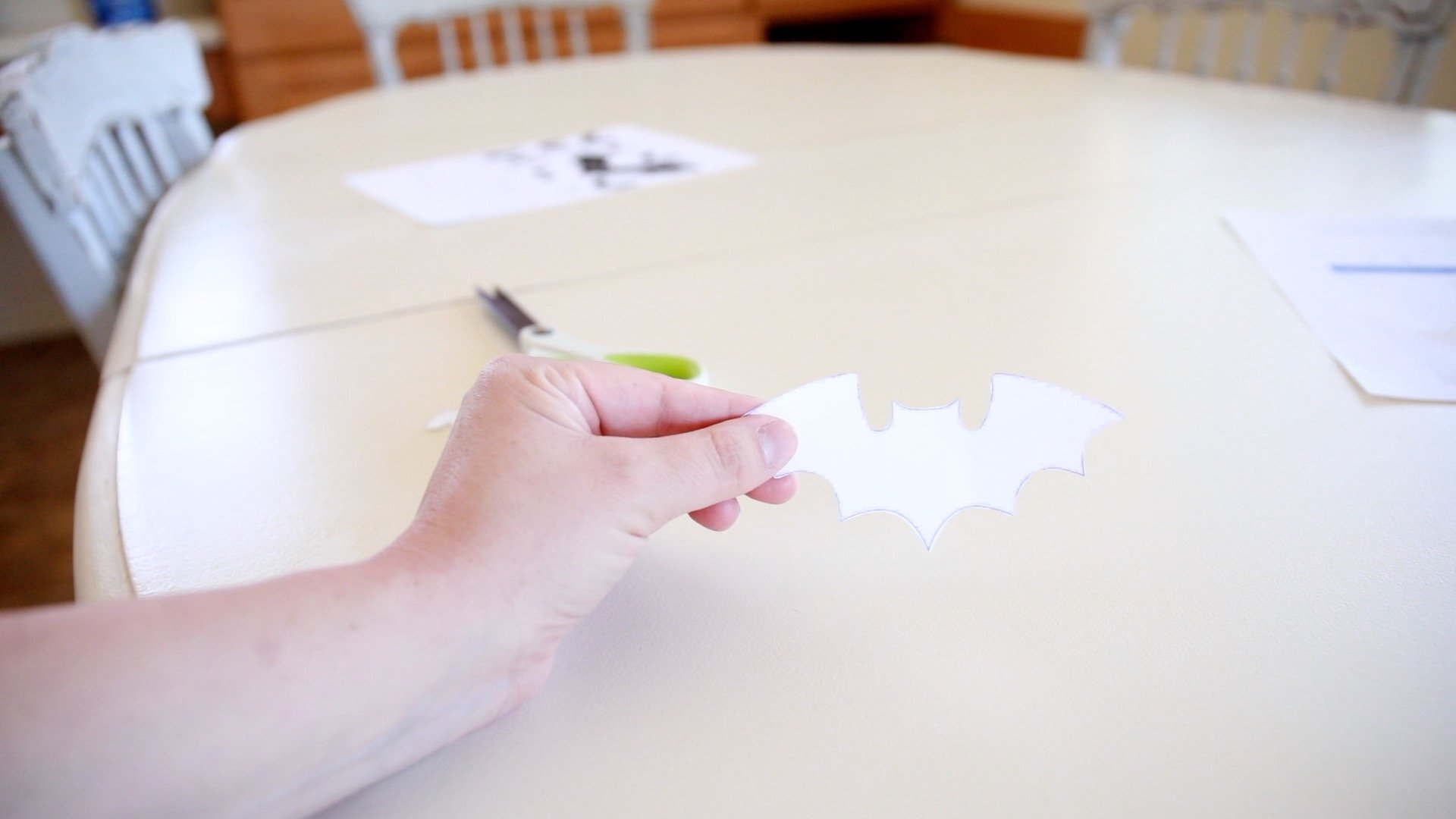 Easy Halloween Craft-Bat banner1