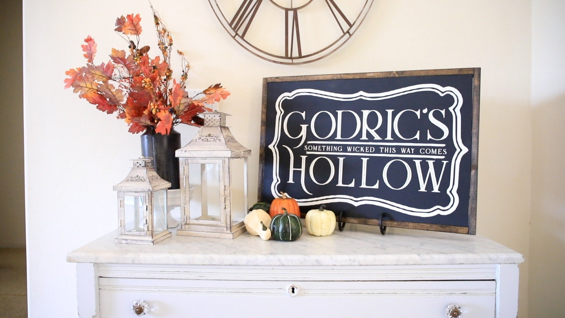 Harry Potter DIY Room Decor-Godrics Hollow Sign