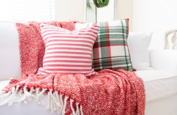 How to make a pillow-dry Christmas Pillow reversible pillow-Envelope closure